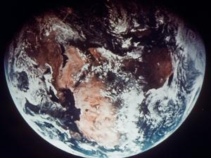 Apollo 11: Earth
