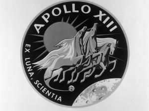 Apollo 13 Emblem Selected by Crew