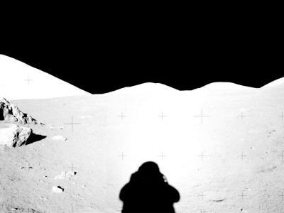 https://imgc.allpostersimages.com/img/posters/apollo-17-assembled-panorama_u-L-PD346M0.jpg?artPerspective=n
