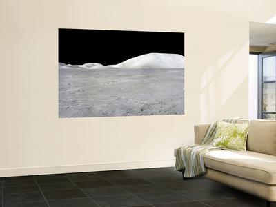https://imgc.allpostersimages.com/img/posters/apollo-17-panorama_u-L-PFHCT00.jpg?artPerspective=n