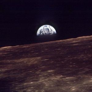 Apollo 8 Earth