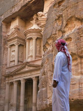 https://imgc.allpostersimages.com/img/posters/arab-man-watching-facade-of-treasury-al-khazneh-petra-jordan_u-L-PHAGJU0.jpg?p=0