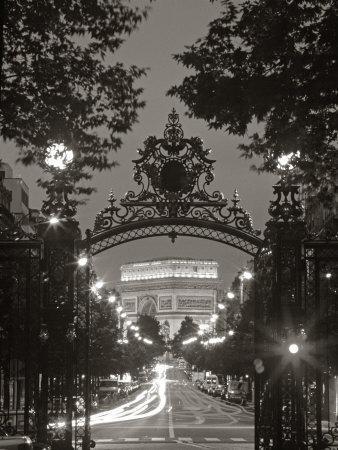 https://imgc.allpostersimages.com/img/posters/arc-de-triomphe-paris-france_u-L-P3800L0.jpg?artPerspective=n