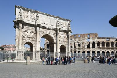 https://imgc.allpostersimages.com/img/posters/arch-of-constantine-arco-di-costantino-and-the-colosseum-rome-lazio-italy_u-L-PWFC480.jpg?p=0