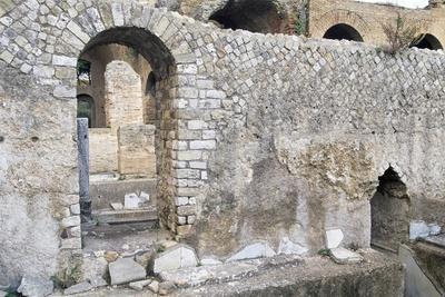https://imgc.allpostersimages.com/img/posters/arched-door-ruins-of-taurine_u-L-PPR0320.jpg?p=0