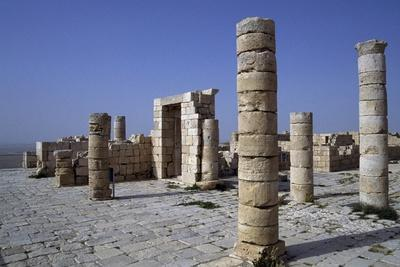 https://imgc.allpostersimages.com/img/posters/archeological-remains-of-avdat_u-L-PPQIZT0.jpg?p=0