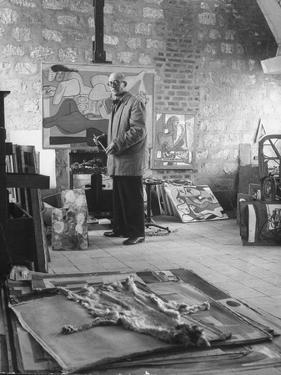 Architect Le Corbusier Working