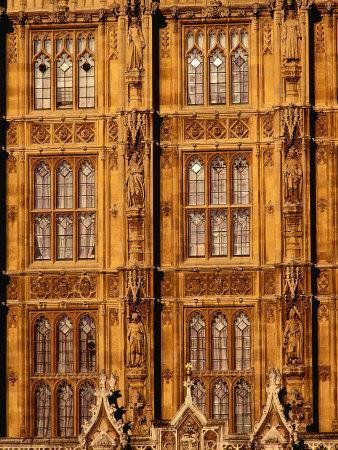 https://imgc.allpostersimages.com/img/posters/architectural-detail-of-neo-gothic-houses-of-parliament-london-england_u-L-P4FR600.jpg?p=0