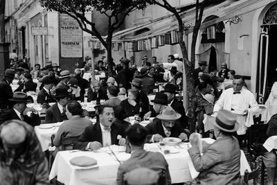 Outdoor Trattoria in Rome, c.1927