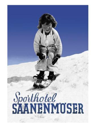 Sporthotel Saanenmoser: Little Girl Skiing