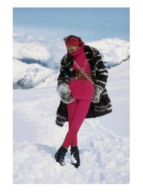 Vogue - November 1968 - Marisa Berenson on a Glacier by Arnaud de Rosnay
