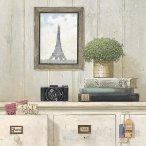Paris Traveler by Arnie Fisk