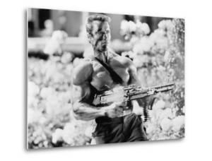 Arnold Schwarzenegger - Commando