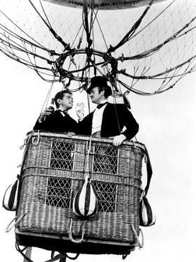 Around the World in 80 Days, Cantinflas, David Niven, 1956