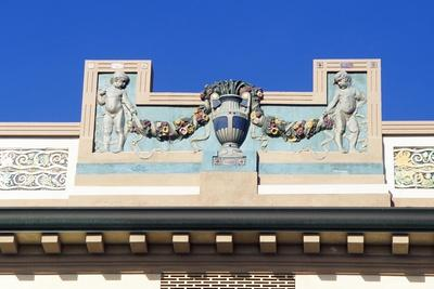https://imgc.allpostersimages.com/img/posters/art-nouveau-style-pediment_u-L-PRLIRY0.jpg?p=0