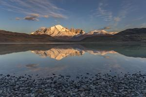 Cordillera Paine, Chile by Art Wolfe Wolfe