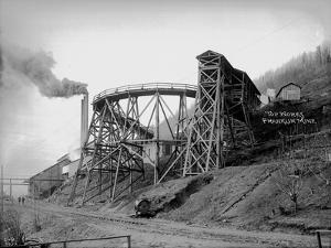 Topworks Franklin Mine, 1902 by Asahel Curtis