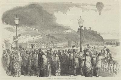 https://imgc.allpostersimages.com/img/posters/ascent-of-the-victoria-balloon-at-hastings_u-L-PVWBJG0.jpg?artPerspective=n