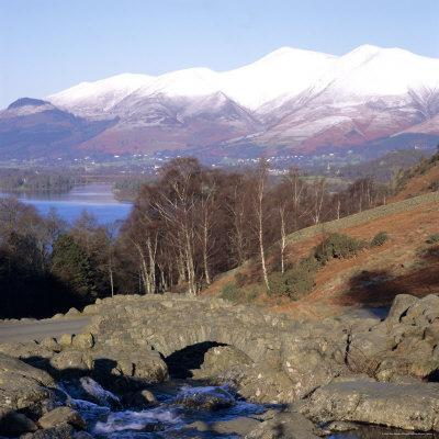 https://imgc.allpostersimages.com/img/posters/ashness-bridge-skiddaw-in-the-background-lake-district-national-park-cumbria-england-uk_u-L-P2QVZX0.jpg?p=0