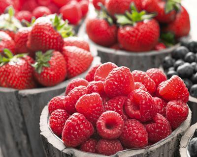 Berries II by Assaf Frank