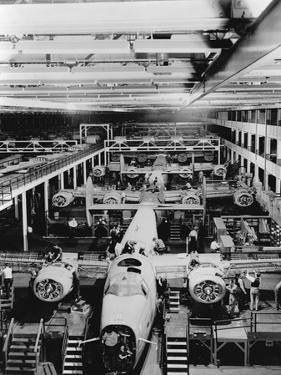 Assembly of B-24 Bombers at Willow Run Plant