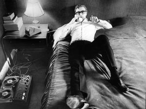 Michael Caine Chilling by Associated Newspapers
