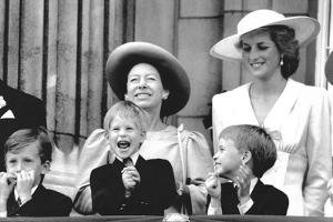 Princess Diana and Princes Margaret, Prince William and Prince Harry on Buckingham Palace balcony by Associated Newspapers