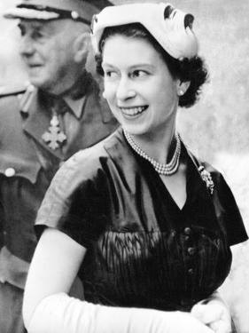 Queen Elizabeth II in Glasgow in 1953 by Associated Newspapers