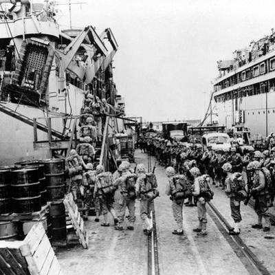 Korean War Marines USS Henrico by Associated Press