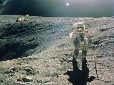 https://imgc.allpostersimages.com/img/posters/astronaut-duke-next-to-plum-crater-apollo-16_u-L-Q13F0SZ0.jpg?artPerspective=n