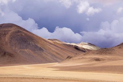 https://imgc.allpostersimages.com/img/posters/atacama-desert-chile_u-L-PWFB3Y0.jpg?p=0
