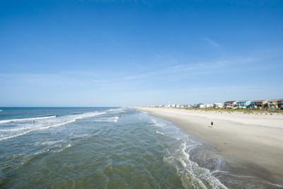 https://imgc.allpostersimages.com/img/posters/atlantic-beach-outer-banks-north-carolina-united-states-of-america-north-america_u-L-PWFFS70.jpg?p=0