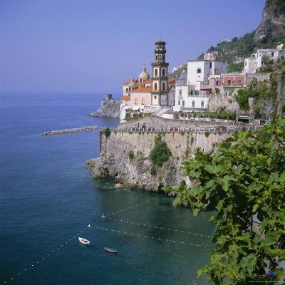 https://imgc.allpostersimages.com/img/posters/atrani-near-amalfi-costiera-amalfitana-amalfi-coast-unesco-world-heritage-site-campania-italy_u-L-P2QVV90.jpg?p=0