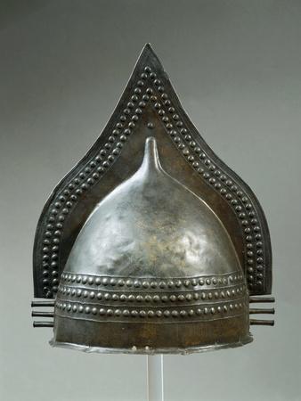 https://imgc.allpostersimages.com/img/posters/attic-calcidian-bronze-crested-helmet-from-tomb-of-the-contrada-gaudo-at-paestum_u-L-POPWOA0.jpg?p=0