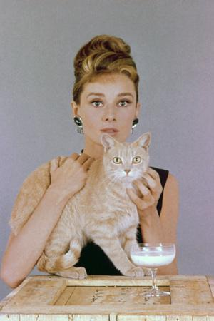 https://imgc.allpostersimages.com/img/posters/audrey-hepburn-breakfast-at-tiffany-s-1961-directed-by-blake-edwards_u-L-Q10T3XM0.jpg?artPerspective=n