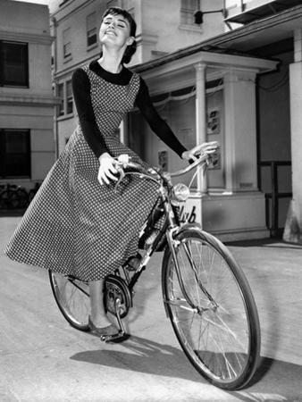 Audrey Hepburn on Set of Film Sabrina 1954 (Dress by Givenchy)