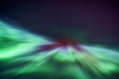 https://imgc.allpostersimages.com/img/posters/aurora-borealis-iceland_u-L-PZS42V0.jpg?p=0