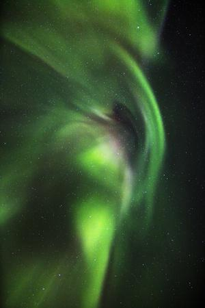 https://imgc.allpostersimages.com/img/posters/aurora-borealis-or-northern-lights-lapland-sweden_u-L-PZSAQT0.jpg?p=0