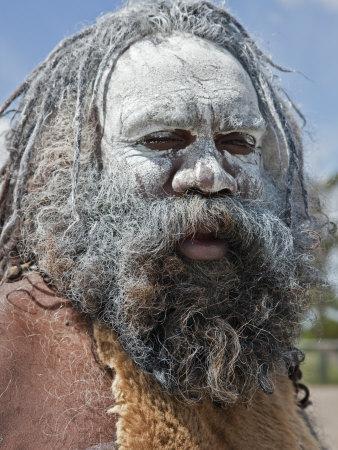 https://imgc.allpostersimages.com/img/posters/australia-new-south-wales-an-aboriginal-man-at-katoomba_u-L-P8YWW30.jpg?artPerspective=n
