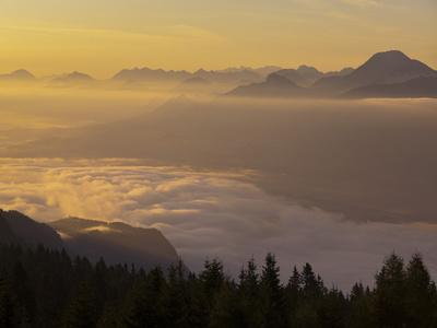 https://imgc.allpostersimages.com/img/posters/austria-carinthia-morning-mood-sunrise_u-L-Q11YREY0.jpg?p=0