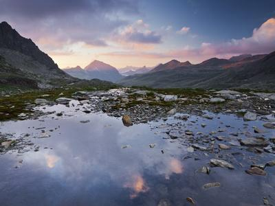 https://imgc.allpostersimages.com/img/posters/austria-tyrol-bieltal-vall-la-lake_u-L-Q11YR7J0.jpg?p=0