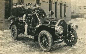Auxiliary Fire Squad in Vintage Car
