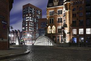 Architecture Old and Modern, Arabica House in the †berseequartier, Speicherstadt by Axel Schmies