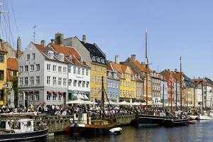 Entertainment District Nyhavn, Copenhagen, Scandinavia by Axel Schmies
