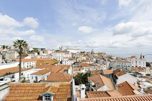 View over Alfama District and SŽ Cathedral by Axel Schmies