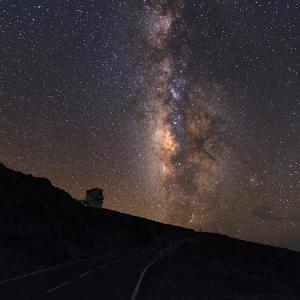 The Milky Way from the Roque De Los Muchachos Observatory by Babak Tafreshi