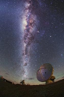 The Milky Way Glitters Brightly over Alma Radio Telescopes by Babak Tafreshi
