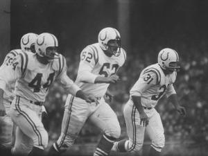 Baltimore Colts Playing Against the New York Giants