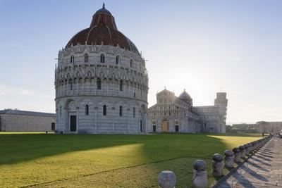 https://imgc.allpostersimages.com/img/posters/baptistery-duomo-santa-maria-assunta-and-the-leaning-tower-piazza-dei-miracoli_u-L-PNFVV10.jpg?artPerspective=n