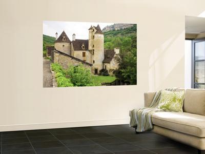 Quercy Village Architecture by Barbara Van Zanten